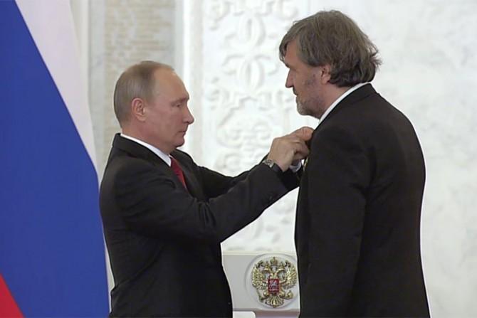Le concert d'Emir Kusturica en Crimée crée la polémique