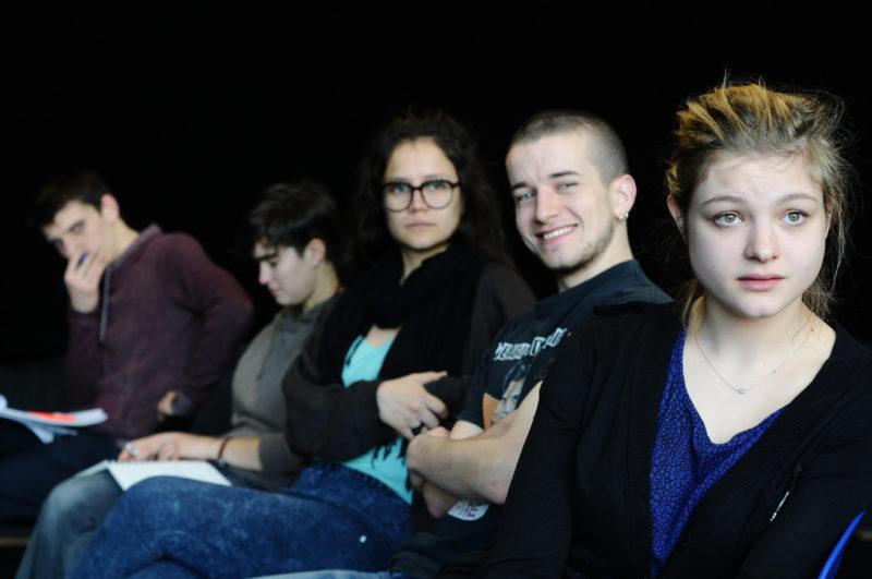 Le GEIQ Théâtre compagnonnage : un modèle unique pour la formation des comédiens