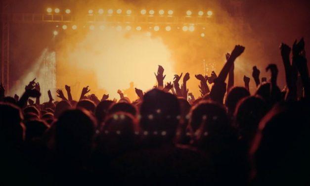 Fêtes votives et orchestres de bal : à situation désastreuse, débat possible?