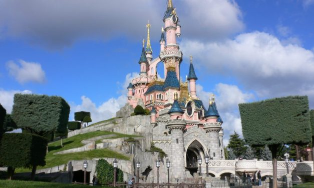 Disneyland Paris recrute un chef d'équipe expérimenté atelier décoration spectacle (f/h)