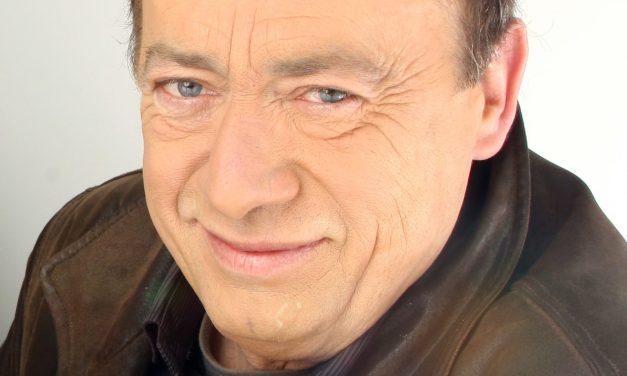 Décès du comédien et chanteur Etienne Chicot