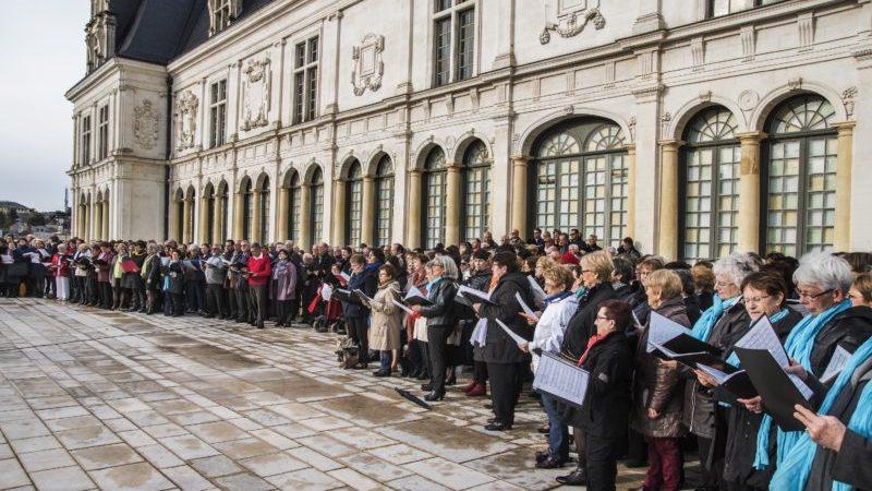 Les folles journées de la Mayenne: art et solidarité en chœurs