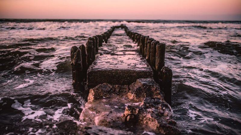 jetée pierre mer océan eau vague