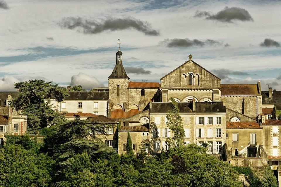 Poitiers – Le Bureau des Filles recherche un stagiaire administration – production (h/f)