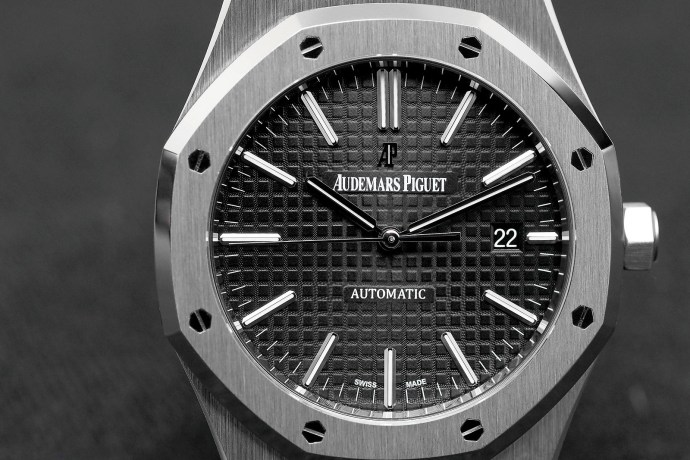 Audemars Piguet Royal Oak 41 Ref. 15400ST.OO.1220ST.01