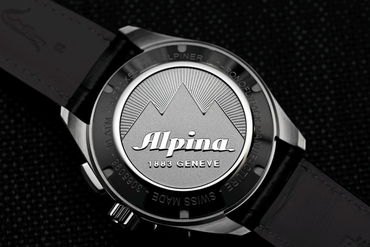 Alpina Alpiner 4 Chronoflyback caseback