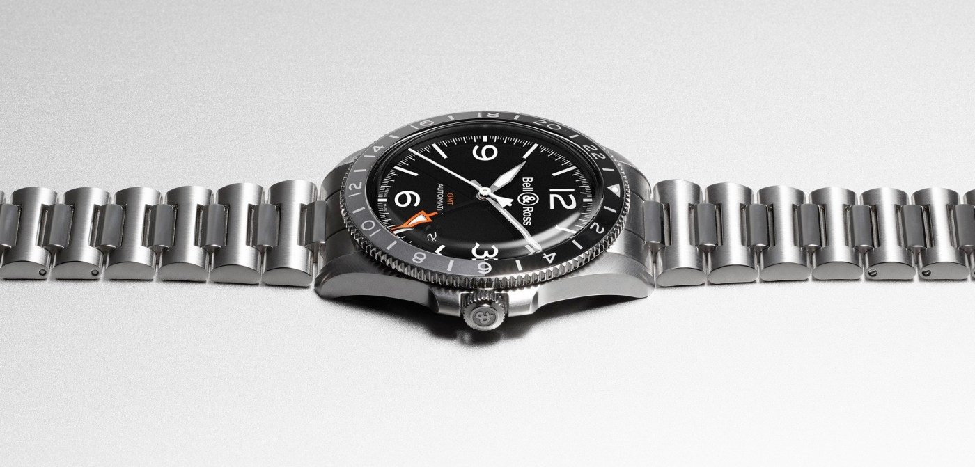 Bell and Ross BRV2-93 GMT side view
