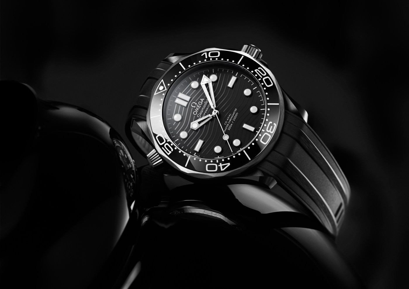 Omega Seamaster Diver 300M Black Ceramic side