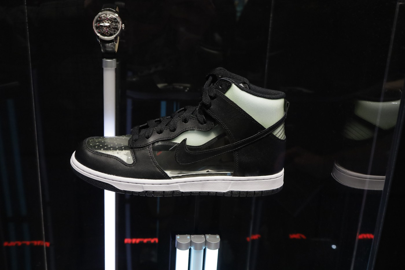"COMME de Garcons x Nike Dunk High ""Clear"""