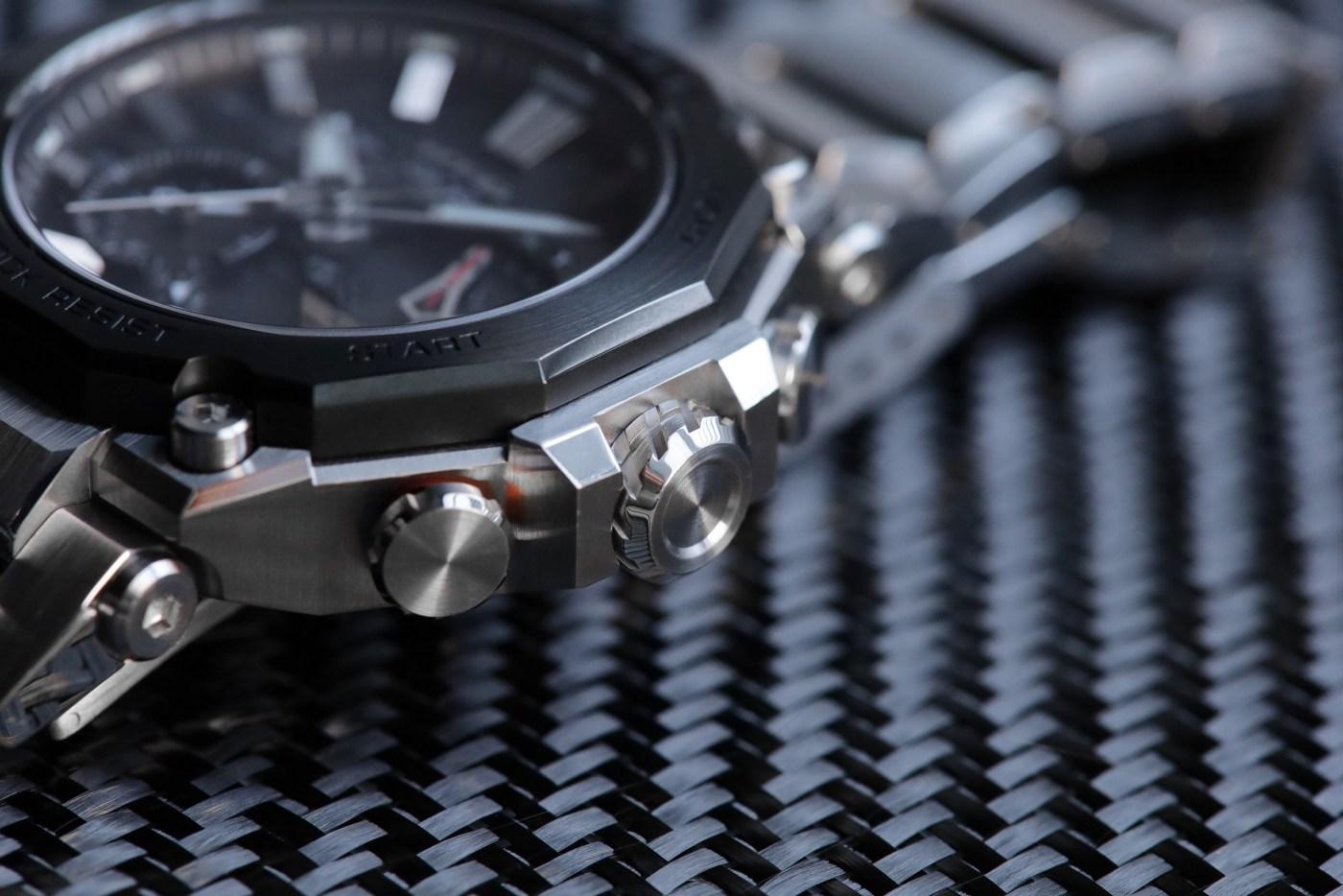 G-Shock MT-G MTGB2000D-1A detail