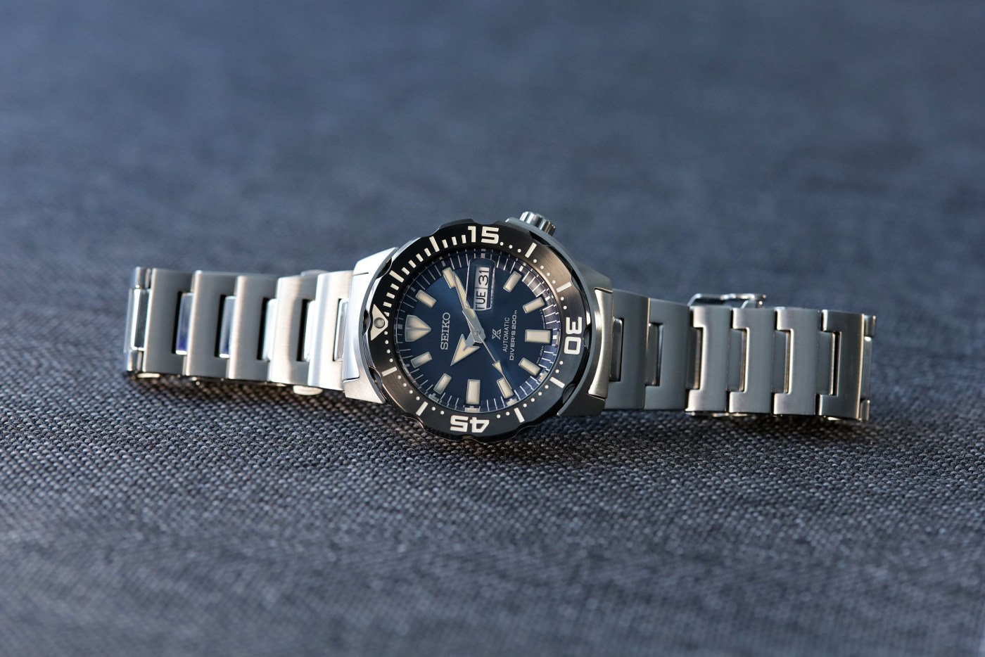 Seiko Prospex Ref SRPD25 Monster Automatic Diver full side view