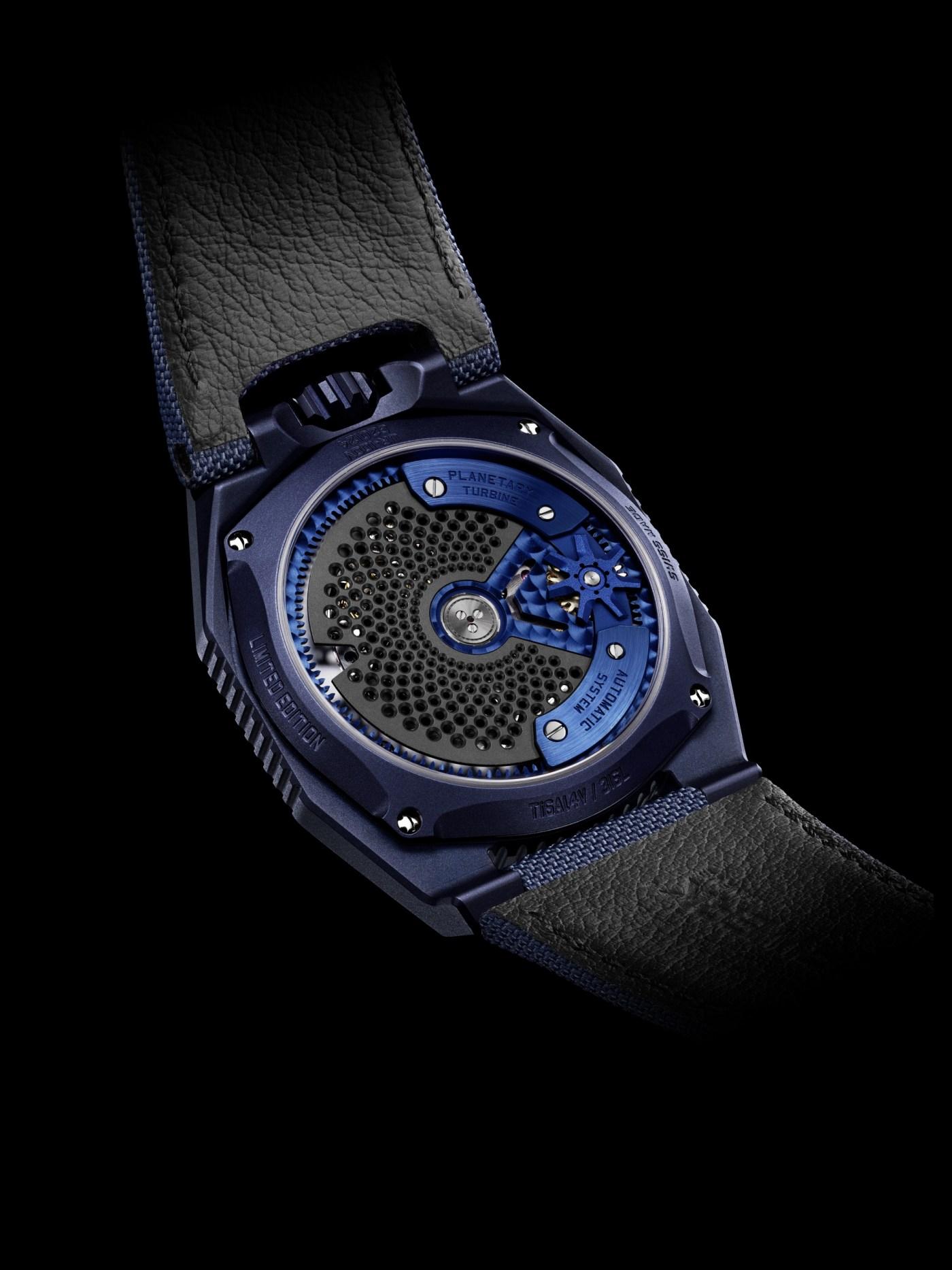 Urwerk UR-100V Blue caseback