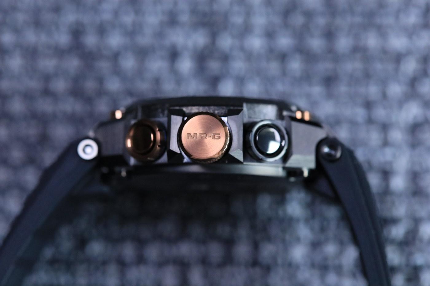 "MR-G 'Kachi-Iro"" MRG2000R-1A crown detail"
