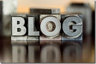 typewriter blog logo