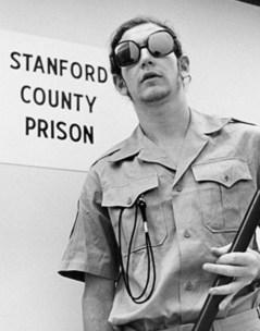 'Stanford prison experiment' utfördes på Stanford University 1971. Bild av Teodorvasic97