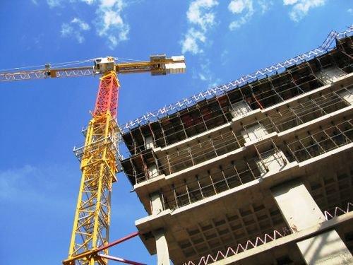 Evolutia costului total cu forta de munca in constructii