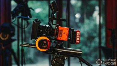 Photo of كاميرا ريد السينمائية RED Komodo في الأسواق، نماذج من تصويرها مع الملحقات
