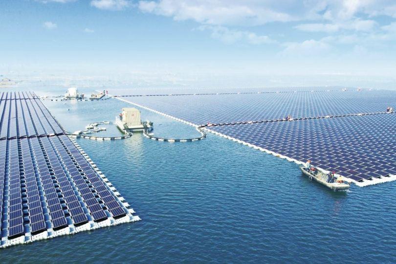 πλωτό ηλιακό πάρκο