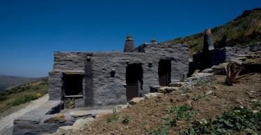 Μίνιμαλ εξοχική κατοικία στην Τήνο