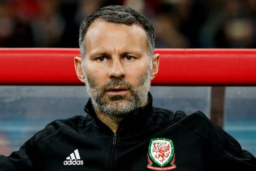 Giggs defends Bale contribution in Uruguay loss