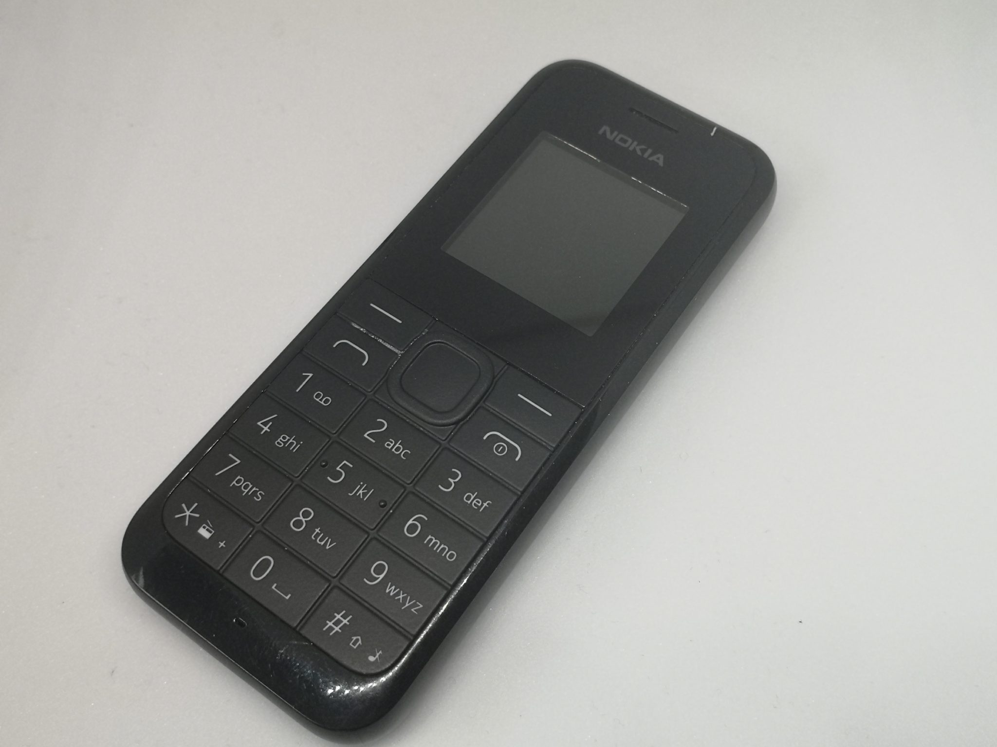 Nokia 105 2013 Review - Extreme Value for Money Vintage Phone