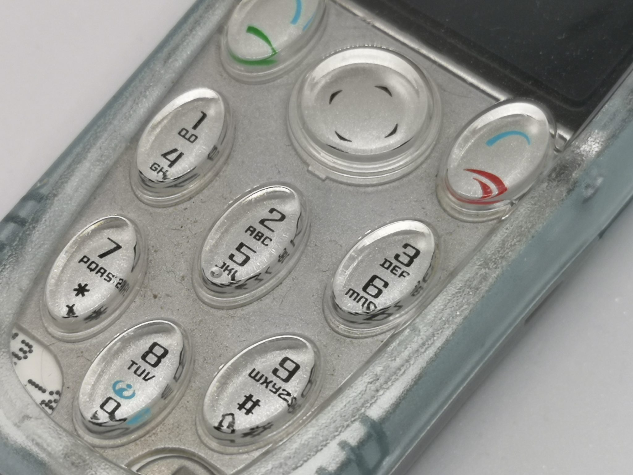 Nokia 3200 Vintage Mobile Phone Review - Transparent and Customisable