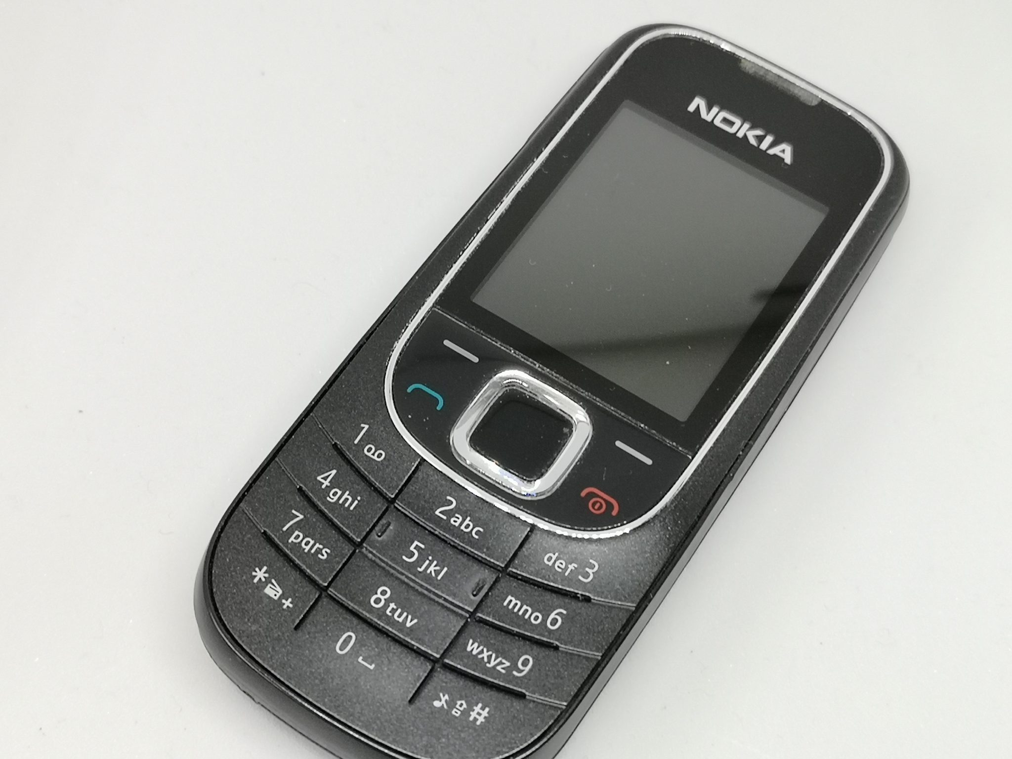 Nokia 2323 Classic Review - Budget Colour Screen Phone