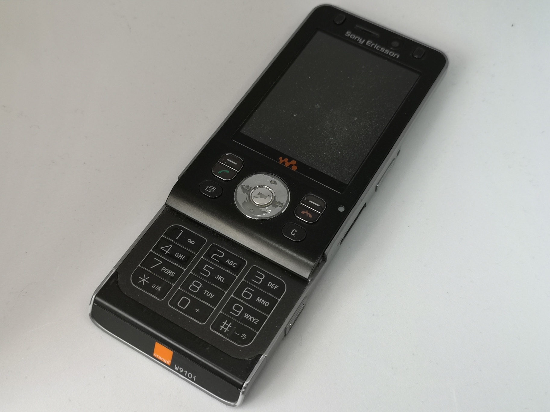 Sony Ericsson W910 Review - Refined Slider Phone
