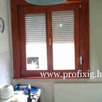 Fa ablak redőnnyel