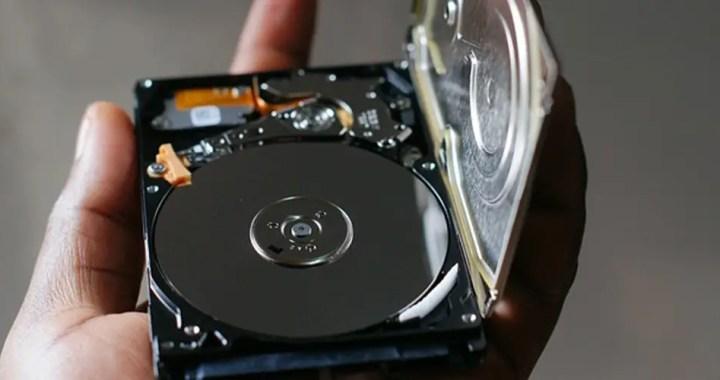 SATA hard drive vs SAS hard drive: What is the difference between SATA hard drive and SAS hard drive?