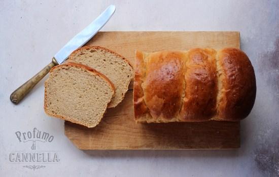 Pan bauletto fatto in casa – profumato al caffè d'orzo