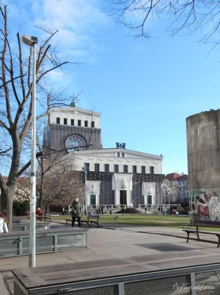 24 ore a Praga Kostel Nejsvetejsiho Srdce Pane