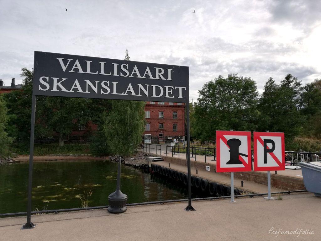 Cartello dell'isola di Vallisaari