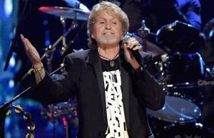 "Watch: YES Tribute Film + ""Owner Of A Lonely Heart"" at Rock & Roll Hall of Fame 2017"
