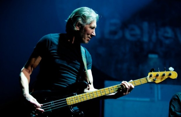 "Hear ROGER WATERS' New Song ""Déjà Vu"""