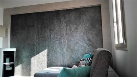Illuminazione a led su parete in Ardesia