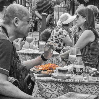Spaghetti sulla pizza, Firenze. © Grazia Galli