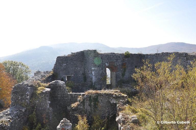 Castello del Conte Cattani - Progettoideal chiusi della verna (©gilberto gabelli)