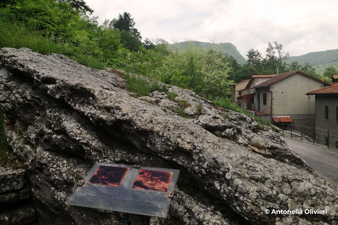 progettoidea chiusi della verna - roccia di adamo (©antonella olivieri)