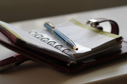 agenda comercial - gestión del tiempo y gestión de clientes con CRM online