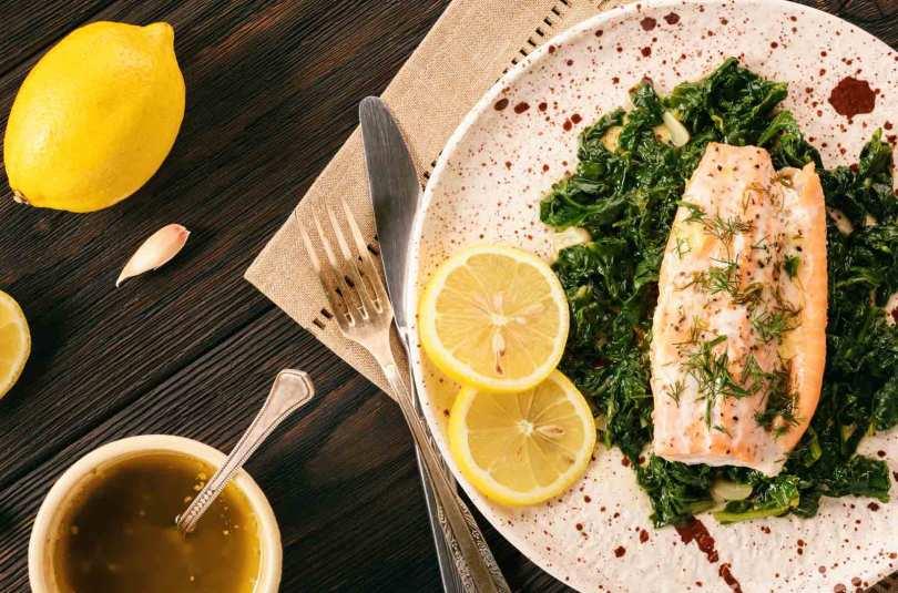 Epinards à la crème et saumon