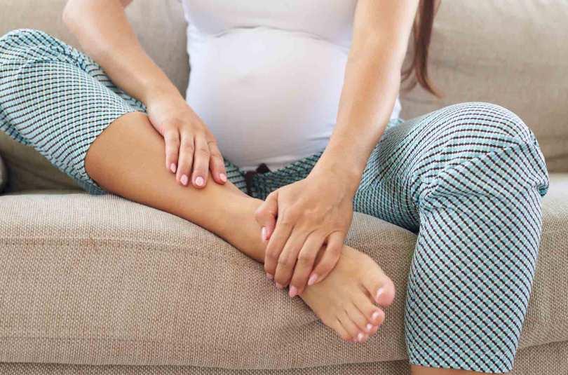 Stop aux jambes gonflées pendant la grossesse