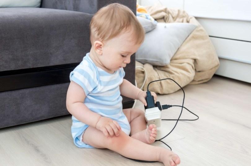 Laisser bébé se dépenser, sans dangers