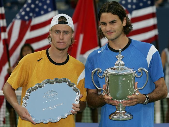 En 2004 à L'US Open, Federer bat Lleyton Hewitt 6/0 7/6 6/0