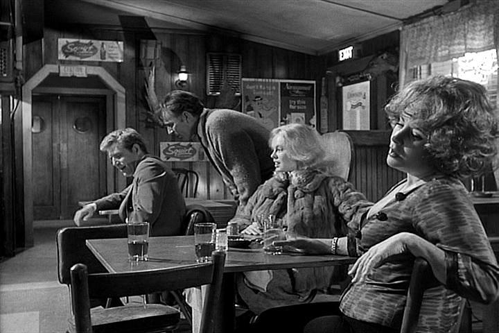 10-filmes-embriagados-que-você-precisa-conhecer_Quem Tem Medo de Virginia Woolf