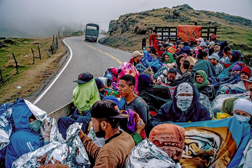 venezolanos-huyen-federico-ríos-escobar-TNT