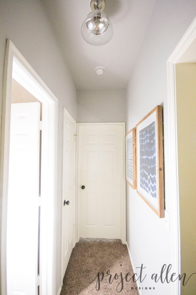 A Quick And Easy Hallway Makeover!