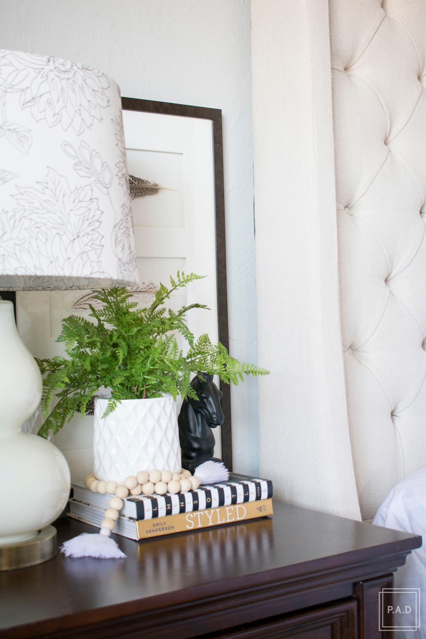 9 Decorating Must Haves For a well styled home. Check out these easy decorating tips to help you crack the decorating code and be on your way to a perfectly styled home.