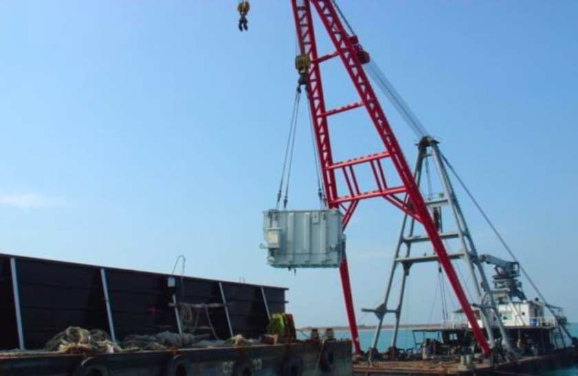 CU Logistics transformer move