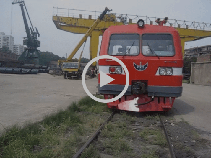 Loading of a mining equipment from Chongqing, Sichuan, China to Siberia